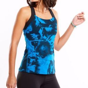 Activewear Tank Top w/Pocket